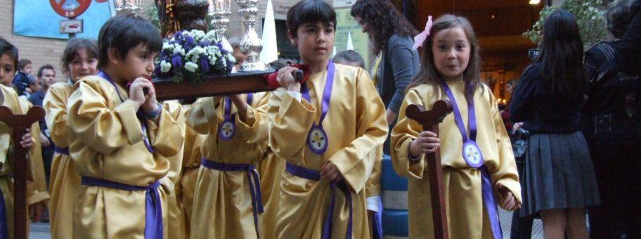 procesion-infantil